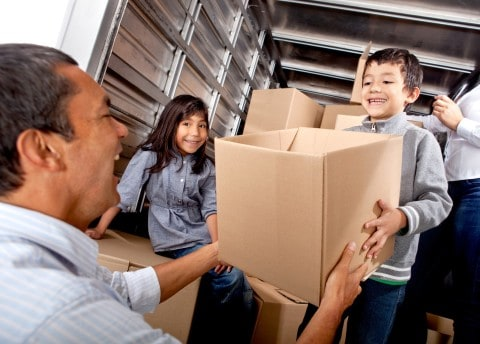 Choosing Toronto Movers and Other Aspects to Remember When Moving