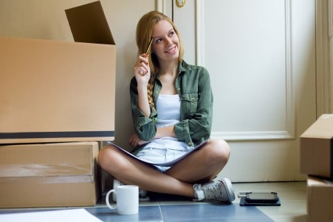 How Hiring a Moving Company can Help College Students on the Move